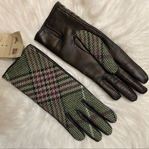Burberry gloves size 7